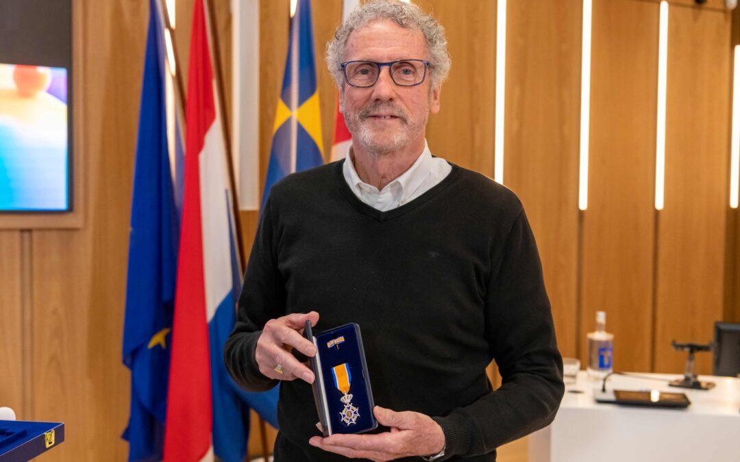 Koninklijke onderscheiding voor Peter Tuerlings, muzikant én bestuurslid Harmonieorkest NKH